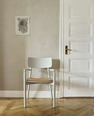 HVEN Chair by Skagerak