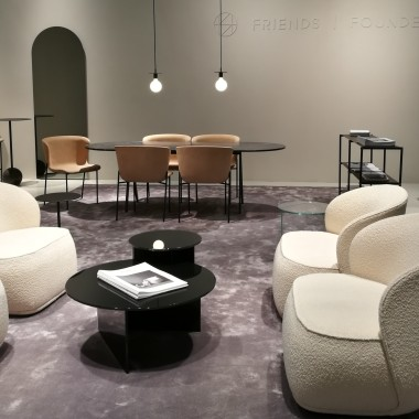 LA PIPE chair and lounge chair by young Danish brand Friends & Founders